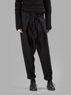 Isabel Benenato, black large pleated pant