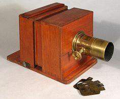 Antique Cameras, Old Cameras, Vintage Cameras, Plate Camera, Box Camera, Camera Lucida, Wooden Camera, Vintage Photography, Group Photography