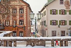 Just a bit over an hour by train from Munich, the German town of Garmisch-Partenkirchen is a wonderful spot to spend a few days exploring the wintry beauty of the Bavarian Alps.