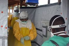 Heroes of Ebola | Listen & Read | Spotlight English