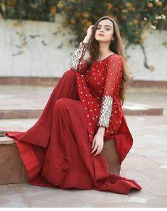 Lehenga Designs, Kurti Neck Designs, Dress Neck Designs, Stylish Dresses For Girls, Stylish Dress Designs, Fancy Blouse Designs, Dresses For Work, Shirt Designs, Designer Salwar Kameez