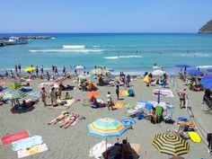 Tips for Visiting Cinque Terre Bucket List Destinations, Romantic Getaway, Cinque Terre, Italy Vacation, Sicily, Dolores Park, To Go, Scrap, Europe