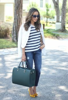 Stripes for Trendy Chic Look 20 Stylish Outfit Ideas , Style Motivation / basic and
