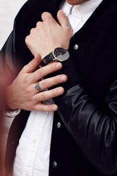 Established in 2012 between Stockholm and London, Larsson & Jennings set out to disrupt the watch industry, paving a path away from the mass market and unsustainable production with watches that are manufactured responsibly and efficiently. Larsson & Jennings, Minimalist Design, Menswear, Watches, Unisex, Minimal Design, Wristwatches, Clocks, Men Wear