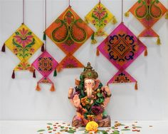Best Ganpati Decoration Ideas at Home- Easy Ganpati Decoration at Hobby Ideas Ganpati Decoration Theme, Gauri Decoration, Kite Decoration, Mandir Decoration, Ganapati Decoration, Background Decoration, Diya Decoration Ideas, Decor Ideas, Diwali Decorations At Home