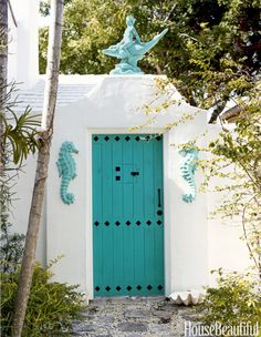 What Your Front Door Color Says About You  - CountryLiving.com