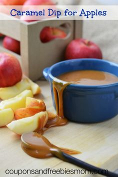 Caramel Dip for Apples: Easy Homemade Caramel! This simple homemade caramel dip recipe has only 5 ingredients! You won't believe how easy it is to make, and how tasty! Check it out here! Caramel Recipes, Apple Recipes, Fall Recipes, Delicious Desserts, Dessert Recipes, Yummy Food, Pesto, Sauces, Apple Dip