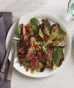 Get the recipe for Steak Salad With Roasted Red Pepper Relish. I think roasted red pepper makes everything a bit more tasty! Steak Recipes, Paleo Recipes, Lamb Recipes, Quick Recipes, Grilling Recipes, Real Simple Recipes, Pepper Relish, Relish Recipes, Fall Dinner Recipes