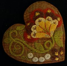 "Wool Applique Pattern ""Jacobean Heart"" sachet pin cushion tuck pillow embroidery hand dyed wool – Horse and Buggy Country Wool Applique Designs"