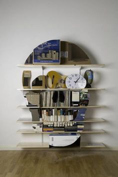 Clever skull bookcase - 60 Creative Bookshelf Ideas  <3 <3