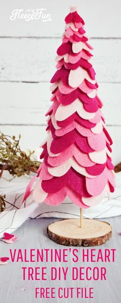 Valentine's Day Table Decorations – Heart Tree DIY Fleece Fun - - These adorable Valentine's Day Table Decorations are the perfect centerpiece to a lovely day. Made with felt hearts, you can make this adorable. My Funny Valentine, Valentine Day Crafts, Holiday Crafts, Christmas Diy, Holiday Decor, Valentine Tree, Valentine Day Table Decorations, Decoration Table, Diy Valentine's Day Decorations
