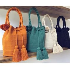 Because Basic doesn't mean boring 💥 La Barra Bags are available now, pick your favoritePin by Gülhan Urgancıoğlu on Wayuu bagImage gallery – Page 728316570963642389 – ArtofitCrochet knitting bag fashions www canimanne com bagsImage in Beaut Crochet Handbags, Crochet Purses, Crochet Bags, Sac Granny Square, Diy Handbag, Boho Bags, Tapestry Crochet, Knitted Bags, Crochet Accessories