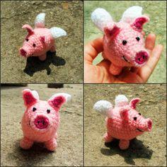 horgolt szárnyas röfi / crochet winged piggy