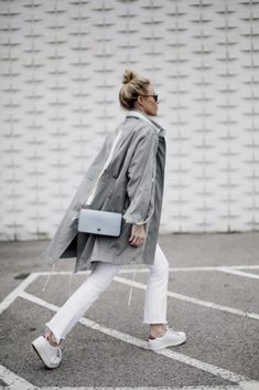 20 Minimalist Fashion Blogs You Need To Follow