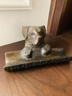 Cast Bronze Dog Pen Holder Paper Weight Vintage Desk Accessory by missenpieces on Etsy Vintage Metal, Vintage Items, Office Dog, Dog Pen, Guest Towels, Gifts For Pet Lovers, Desk Accessories, Pen Holders, Paper Weights