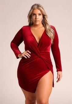 Plus Size Twisted High Slit Bodycon Dress Thick Girl Fashion, Curvy Women Fashion, Plus Size Fashion, Plus Size Womens Clothing, Plus Size Outfits, Clothes For Women, Plus Size Intimates, Full Figure Fashion, Curvy Models