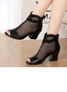 de8abe060bd56 Latest fashion trends in women's Shoes. Shop online for fashionable ladies'  Shoes at Floryday