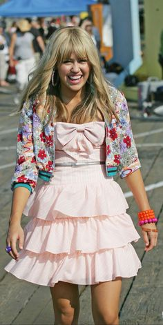 Hannah Montana: The Movie Hannah Montana Outfits, Hannah Montana The Movie, Hannah Montana Forever, Hannah Montana Costume, Miley Cyrus, Hannah Miley, Miley Stewart, Girl Meets World, Boy Meets