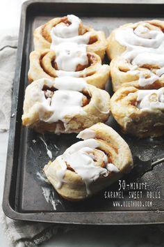 30-Minute Caramel Sweet Rolls