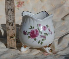 Small Tulip Shaped Vase with Rose Decorations White with Gold
