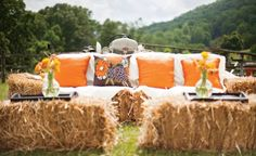 A hay bale cocktail lounge is a perfect #reception setting.