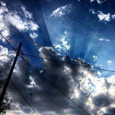 Despues de la tormenta llega la calma. #Ribarroja #loves_valencia #pueblos_comunidadvalenciana #Visitvalencia #Valenciagram #valenciagrafias #Cielo #Nubes #Reflejos #Fotoschulas #Sol #estoyenribaroja by kikebm__78