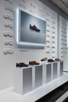 RetailStoreWindows: Clarks, London Shoe Display, Display Design, Booth Design, Shoe Store Design, Retail Store Design, Boutique Interior, Retail Windows, Retail Interior, Exhibition Booth