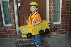 Josh wanted to be a Dump Truck this Halloween. Twin Halloween, Cute Halloween Costumes, Halloween 2017, Diy Costumes, Halloween Party, Costume Ideas, Toddler Costumes, Halloween Ideas, Monster Truck Birthday