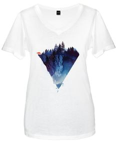 Near to the edge als Frauen V-Neck T-Shirt von Róbert Farkas | JUNIQE
