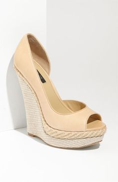 I am not at all confident that I would walk in these shoes but, I love Rachel Zoe.