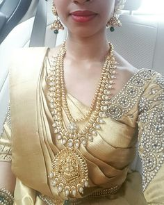 Sapi Vijay - temple jewellery gold saree kancheepuram kanchivaram Tamil bride South Indian bride