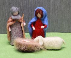 Needle felted Nativity Scene Waldorf Nativity Scene set. Holy