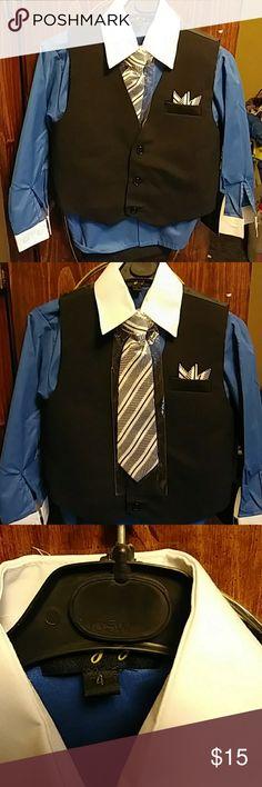 Boy's Pants Suit Brand New Vangogh 4pc Suit. It includes a clip on necktie, vest, button up shirt, and slacks. Vangogh Matching Sets