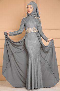 ** YENİ ÜRÜN ** Şifon Kuyruklu Işıltılı Abiye Gri Ürün kodu: YGS6087 --> 239.90 TL Modest Fashion Hijab, Abaya Fashion, Fashion Outfits, Womens Fashion, Islamic Fashion, Muslim Fashion, New Abaya Style, Modele Hijab, Muslim Dress