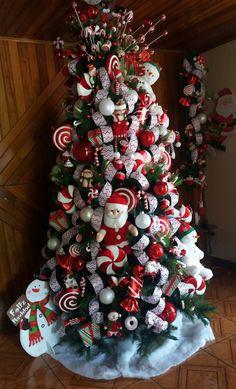 2016 Candy Cane Christmas Tree #candycane #christmastree