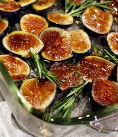 Recipe: Roasted Figs with Honey and Rosemary