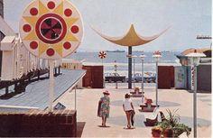 Kiekies uit die verlede: Durban strand in die sestiger jare. Good Old Times, Kwazulu Natal, Sun City, Pretoria, Beach Fun, East Coast, South Africa, Birth, Pictures