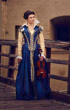 Dark Blue Taffeta Renaissance Dress 16th di FiorentinaCostuming