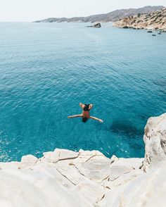"562 Likes, 21 Comments - LOST BOYS BAR IOS (@lostboysbar) on Instagram: ""It's a free fall kinda weekend here in paradise 🤘🏼💦 cheers for the 📷 @doyoutravel #backflip…"""