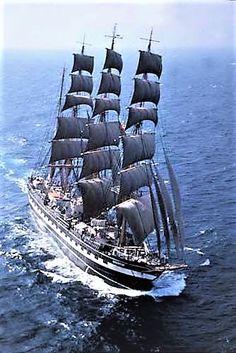 """Tall Ship """"Kruzenshtern"""""""