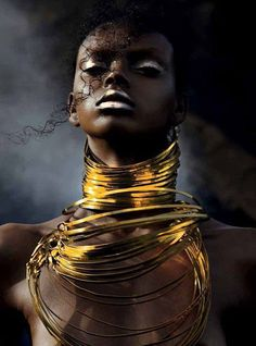 Photographer Urivaldo Lopes captures this short, stunning series of images titled (? Jonathan Mahaut styles the beauty shots with Laure Dansou on makeup for So'Chic magazine. Black Girl Art, Black Women Art, Beautiful Black Women, Black Girl Magic, Black Art, African Beauty, African Women, African Art, African Fashion