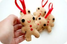 Handy with a needle and thread? Don't be afraid to try out your creativity on felt. Make a happy ginger bread man with your children.