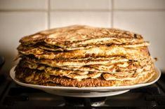 The Low Carb Pancakes challenge is: no grain flour and no sugar.Attention dear Vegan friends: Low Carb Pancakes are for you too! Butter Pancakes, Coconut Flour Pancakes, Low Carb Pancakes, Protein Pancakes, Camping Pancakes, Homemade Pancakes, Pumpkin Pancakes, Banana Pancakes, Oatmeal Pancakes