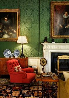 Stunning 37 Magnificient Red And Green Interior Decor Ideas.