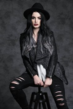 Paige's hair looks great. Don't you guys think??