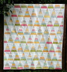 Poppy Makes...: Jelly Roll quilt with Noteworthy.  LOVE