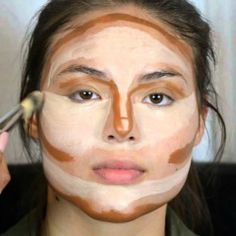 Make up tips for a round face. Make up tips for a round face. Le Contouring, Contour Makeup, Contouring And Highlighting, Skin Makeup, Contouring Tutorial, Eyebrow Tutorial, Makeup Eyeshadow, Beauty Make-up, Beauty Hacks