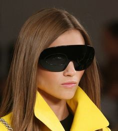 Eyewear Trends 2014: Eye- Catching, Chunky Sunglasses