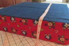 Easy DIY Cushion Recover tutorial.