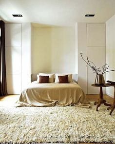 Neutral-simple bedroom - anyone know where I can find this rug? Furniture, Room Design, Home, Wardrobe Design Bedroom, Modern Bedroom, Small Bedroom, Bedroom Decor, Simple Bedroom, Sophisticated Bedroom